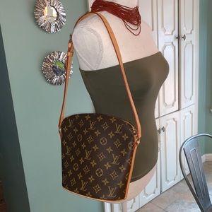 💯 Authentic Louis Vuitton Drouot